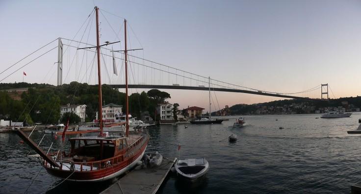 Fatih_Sultan_Mehmet_Bridge_panorama